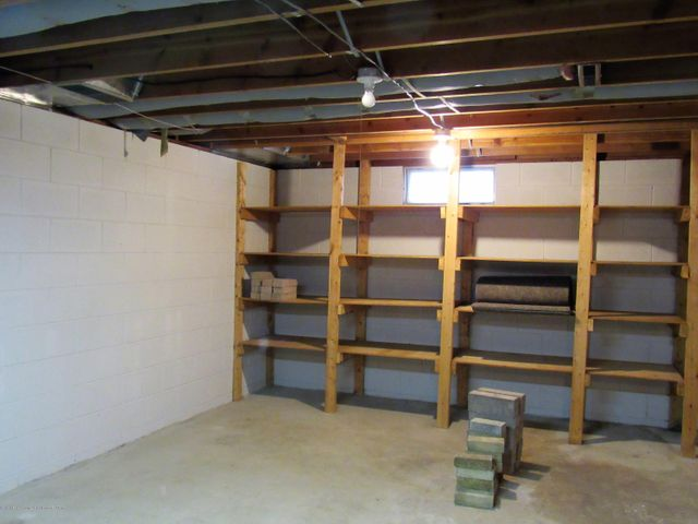 1432 N Harrison Rd - Basement - 30