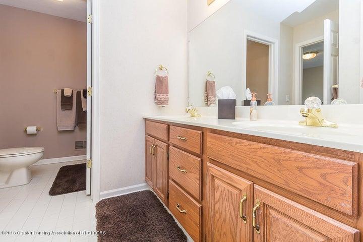 603 Shoreline Dr - Bathroom - 15