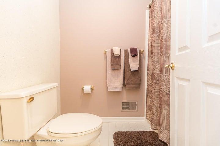 603 Shoreline Dr - Bathroom - 16