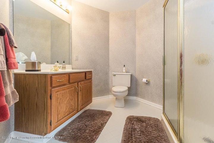 603 Shoreline Dr - Bathroom - 19