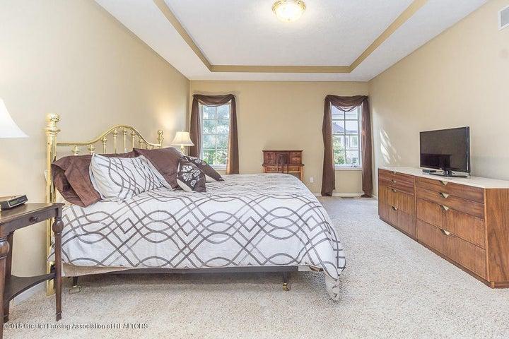 603 Shoreline Dr - Master Bedroom - 23