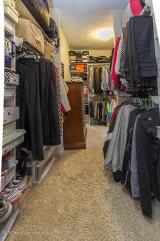 603 Shoreline Dr - Master closet - 28