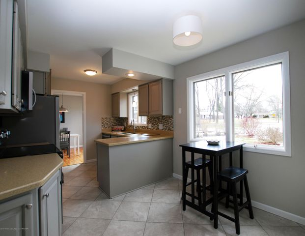 1935 Mendota Dr - MLS kitchen 6 - 13