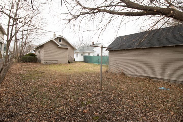 1823 Stirling Ave - IMG_9267 - 14