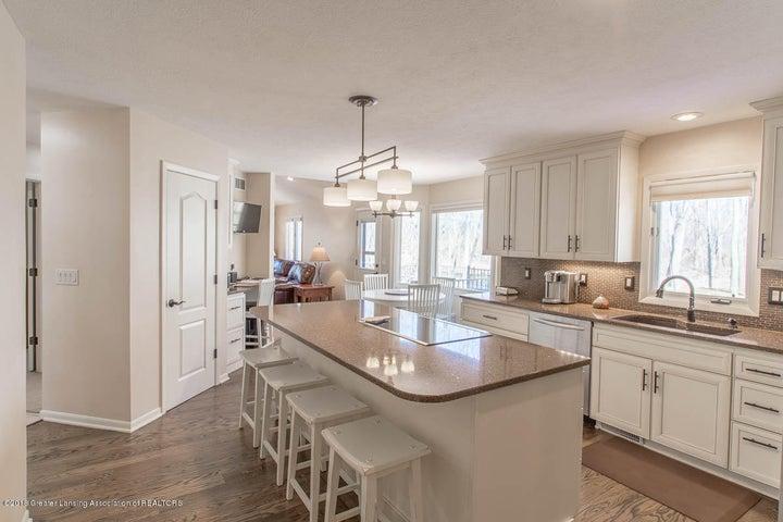4372 Aztec Way - Remodeled kitchen with Quartz surfaces - 7