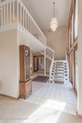 3925 Breckinridge Dr - Foyer - 10