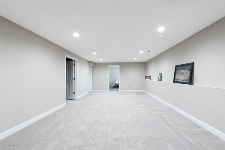11564 Maiden Ln - Finished Rec Room - 17
