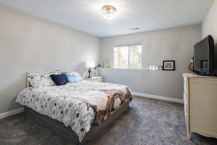 11564 Maiden Ln - Bedroom 5 Suite - 19