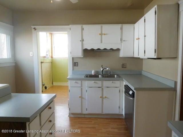 906 Princeton Ave - DSCN6611 - 6
