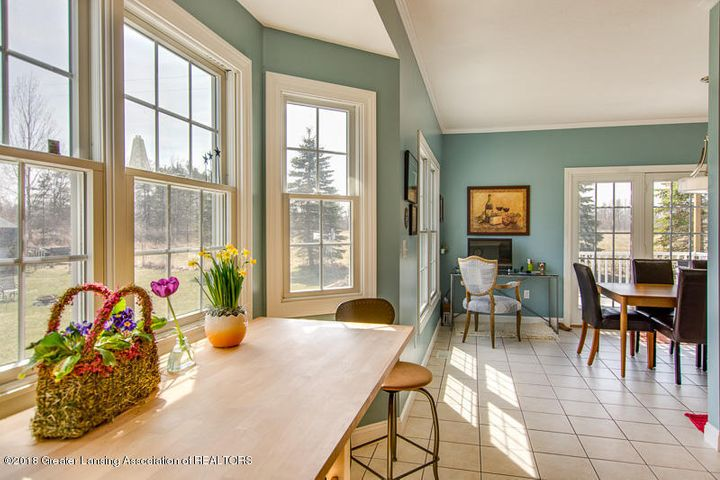 9006 Chadwick Rd - Breakfast Nook and Formal Dining - 8