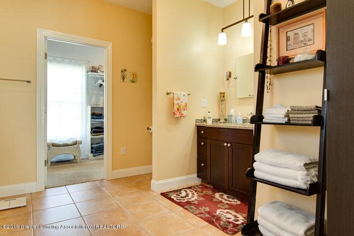 9006 Chadwick Rd - Master Bath - 21