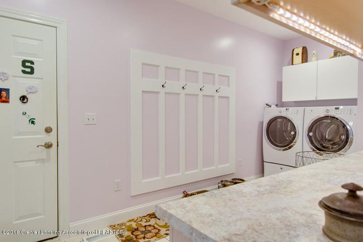 9006 Chadwick Rd - Laundry and Mud Room - 26