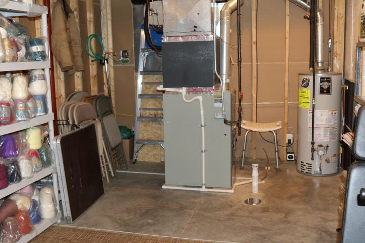 3998 Canyon Cove 48 - furnace and storage - 34