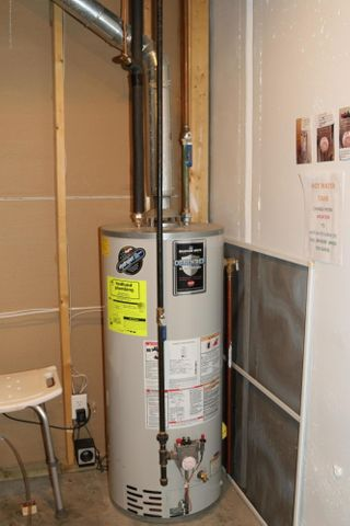 3998 Canyon Cove 48 - water heater - 38