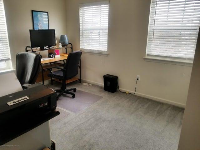 6784 Cotswald Dr - Bedroom 3 - 32