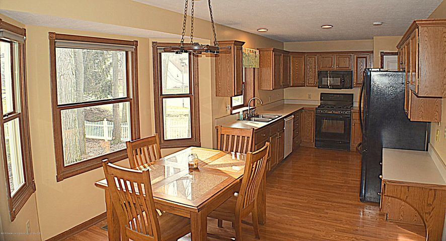 2361 Anchor Ct - Breakfast nook and Kitchen - 2