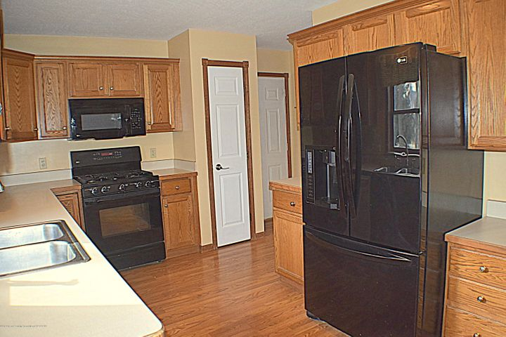 2361 Anchor Ct - Kitchen - 3