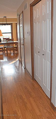 2361 Anchor Ct - Entryway - 9
