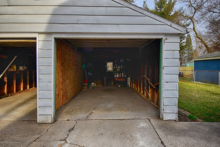 406 N Hayford Ave - Garage - 7