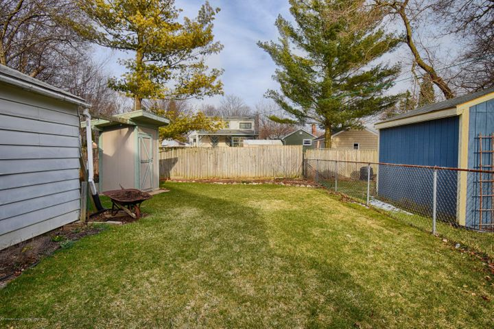 406 N Hayford Ave - Backyard - 8