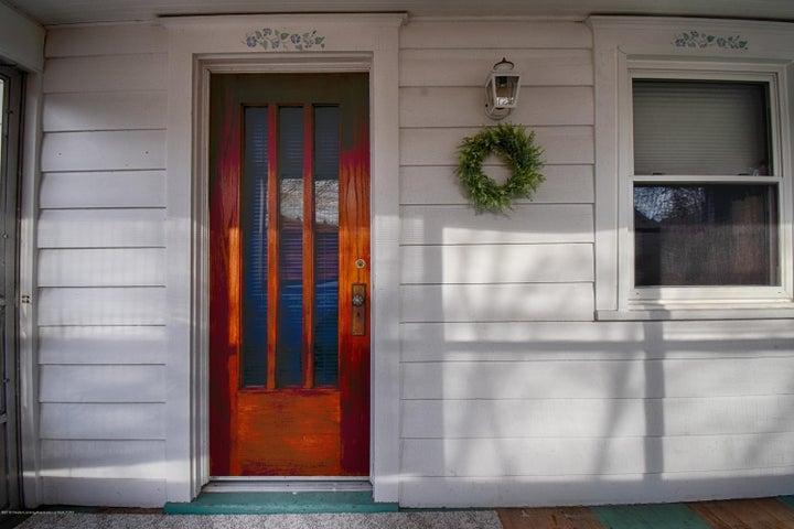 406 N Hayford Ave - Front Door - 2