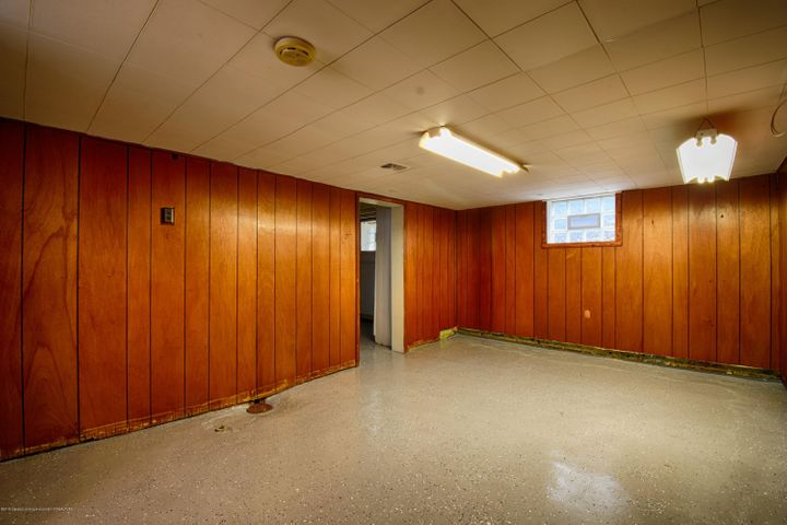 406 N Hayford Ave - Basement Rec Room - 12