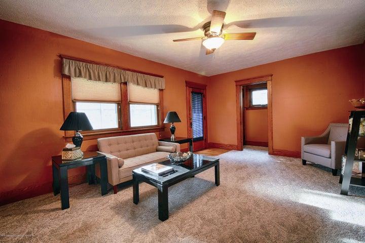 406 N Hayford Ave - Living Room - 4