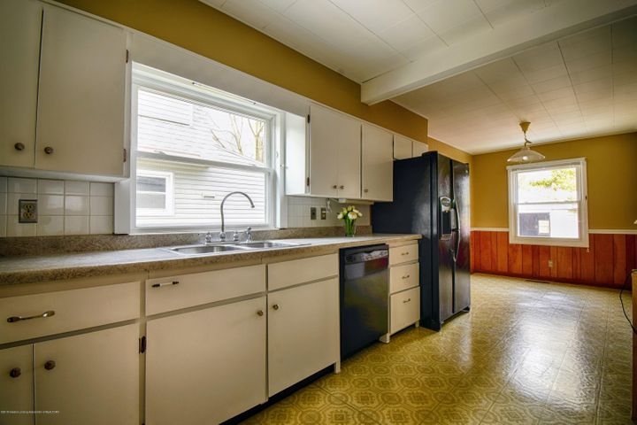 406 N Hayford Ave - Kitchen - 11