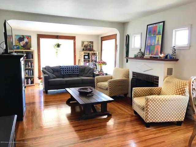 1201 Parkview St - Living Room - 3