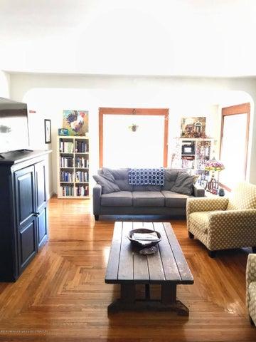1201 Parkview St - Living Room - 7