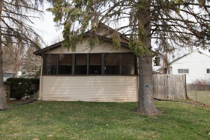 101 E Hodge Ave - IMG_2422 - 1