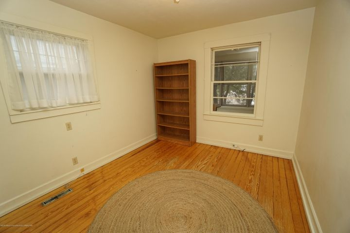 412 S Magnolia Ave - Bedroom 1 - 13