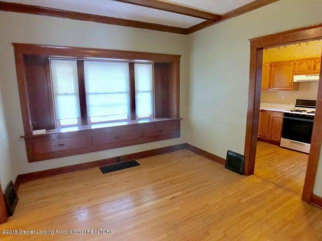 401 Lathrop St - Dining Room - 5