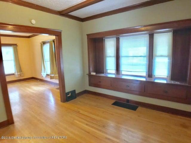 401 Lathrop St - Dining Room - 6