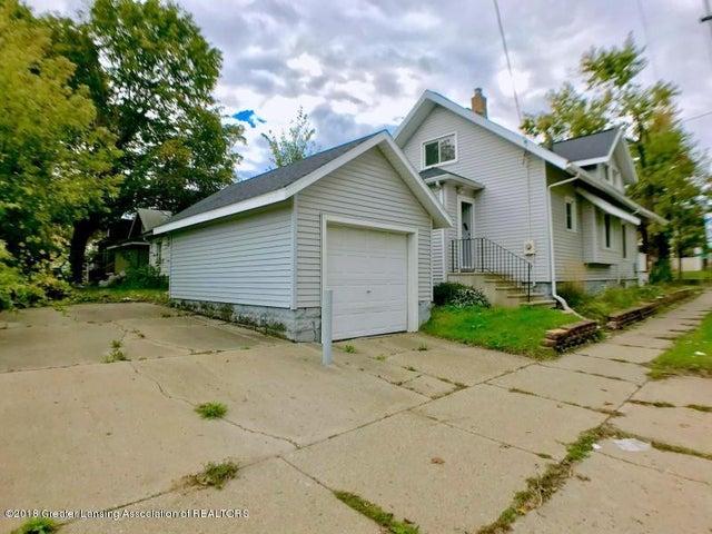 401 Lathrop St - Garage - 18