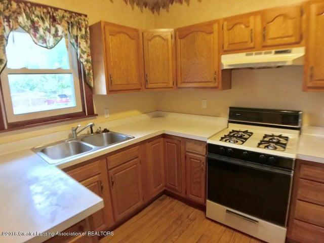 401 Lathrop St - Kitchen - 7