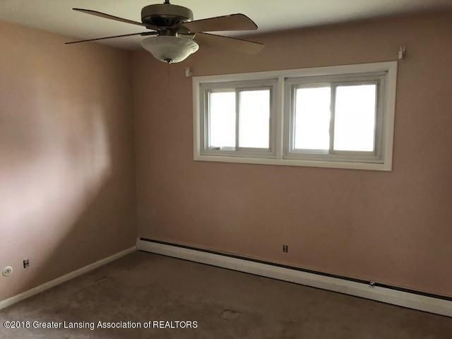 1398 Valley View Rd - BEDROOM - 9