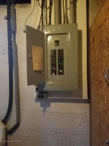 733 N Cochran Ave - ELECTRIC PANEL - 34