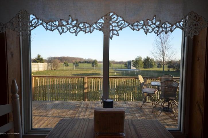10630 Plains Rd - Breakfast view - 15