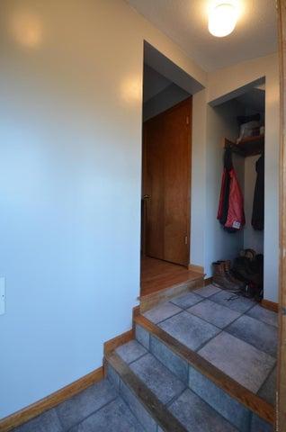 10630 Plains Rd - Foyer - 5