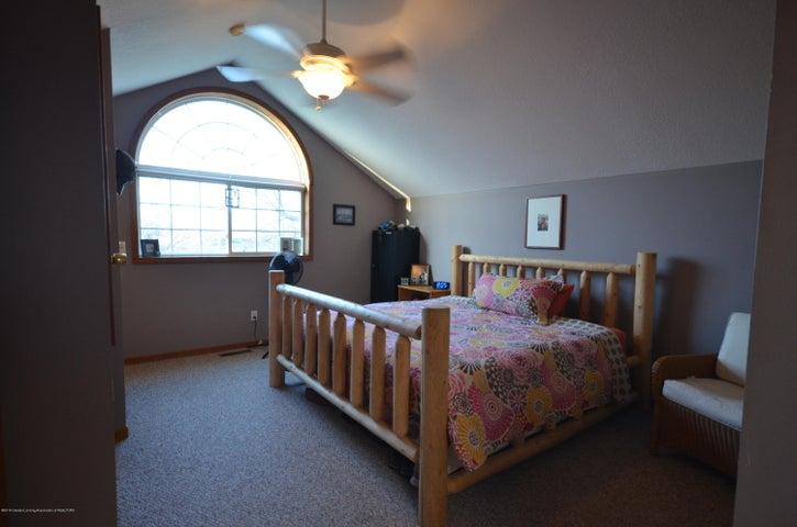 10630 Plains Rd - Master bedroom - 22
