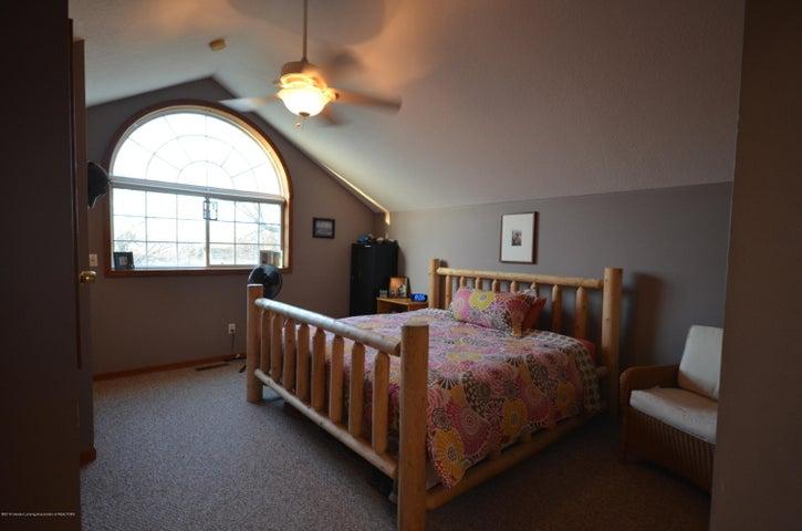 10630 Plains Rd - Master bedroom - 20
