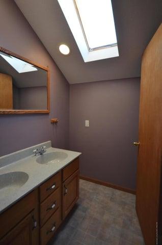 10630 Plains Rd - Master bath - 23