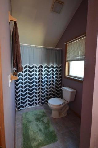 10630 Plains Rd - Master bath - 24