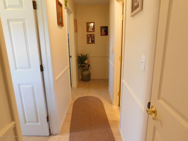 98 S Every Rd - Hallway - 12
