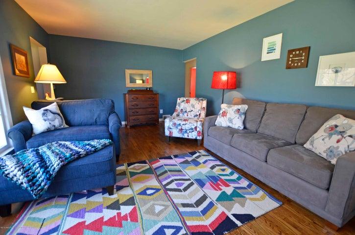 1806 Linden St - 3  1806 LINDEN LIVING ROOM - 3