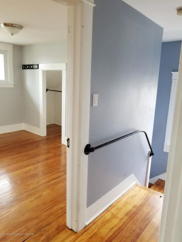 110 N Foster Ave - PHOTO - 12