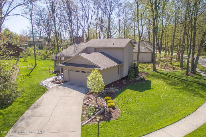 3934 Hemmingway Dr - Front View - 2