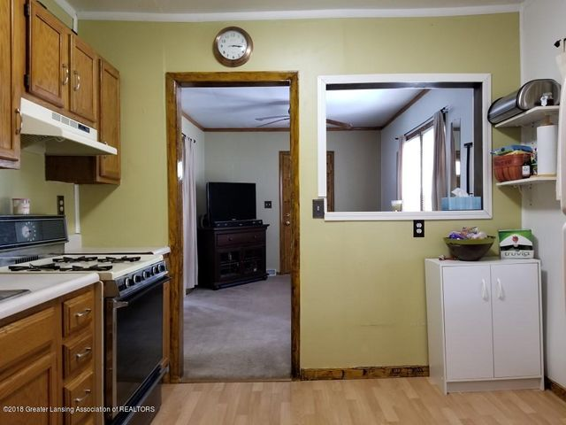 2313 S Rundle Ave - 20180506_151032 - 12