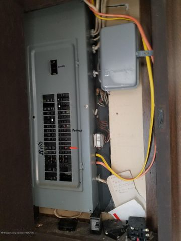 222 Engle Dr - ELECTRIC PANEL - 10